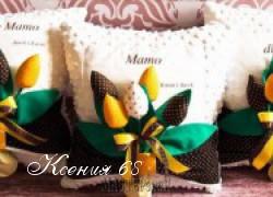 Ксения 68 - Подушки с букетом тюльпанов