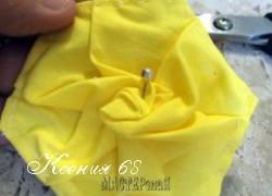 Ксения 68 - Роза в технике пэчворк