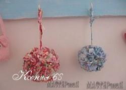 Ксения 68 - Помпоны из остатков ткани