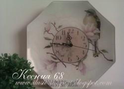 Ксения 68 - Часы из стеклянной тарелки с обратным кракелюром. МК