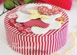 Ксения 68 - Шкатулка с сердечками в технике картонаж МК