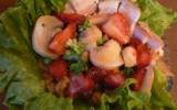 Елена_Беспрозванцева - Клубнично-грибной салат с копченой свининой - и так бывает:))МК