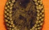 Ксения 68 - Ювелирное изделие из бисера. Олетение кабошона бисером