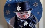 Ксения 68 - Новогодний венок из соломенной шляпы. МК