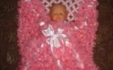Ксения 68 - Детский плед из помпонов на луме