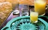 Ксения 68 - Поднос из круглой стеклянной пластины, обвязанный крючком.Схемы