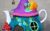 Ксения 68 - Грелка на чайник сказочный домик