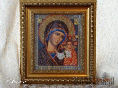 Сегодня очень удачный день пришла рамка на мою икону, получила посылочку от Атаманши (ангелочек доехал домой) и муж подарил уже подарок, собственно икона им и сфотографирована