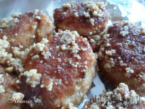 Индейка в медово-лимонном соусе и грецких орехах