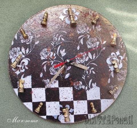 декупаж, текстурная паста, краска, деревянные шахматные фигурки
