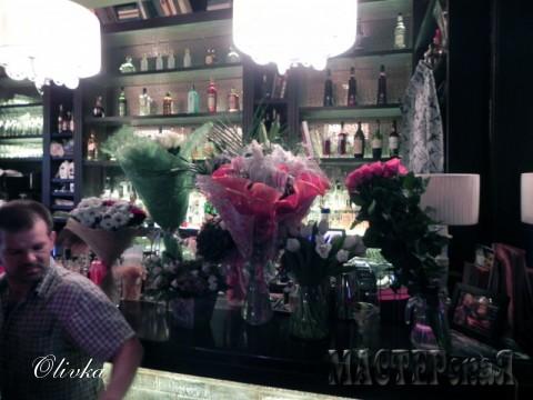 Очень много цветов:)