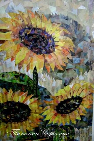 Подсолнухи любимы, по-моему, всеми и как же осенний натюрморт без этих цветов солнца...